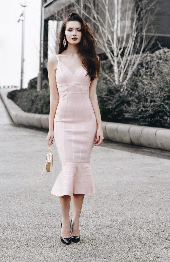 Dress: ASOS* | Clutch: ASOS* | Earrings: ASOS* | Shoes: Basconi | Lipstick: Colourpop